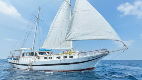 Luxury Sailing Komandoo Maldives Resort