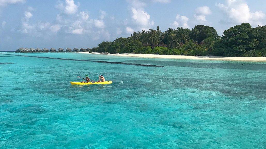 kayakers Komandoo Maldives