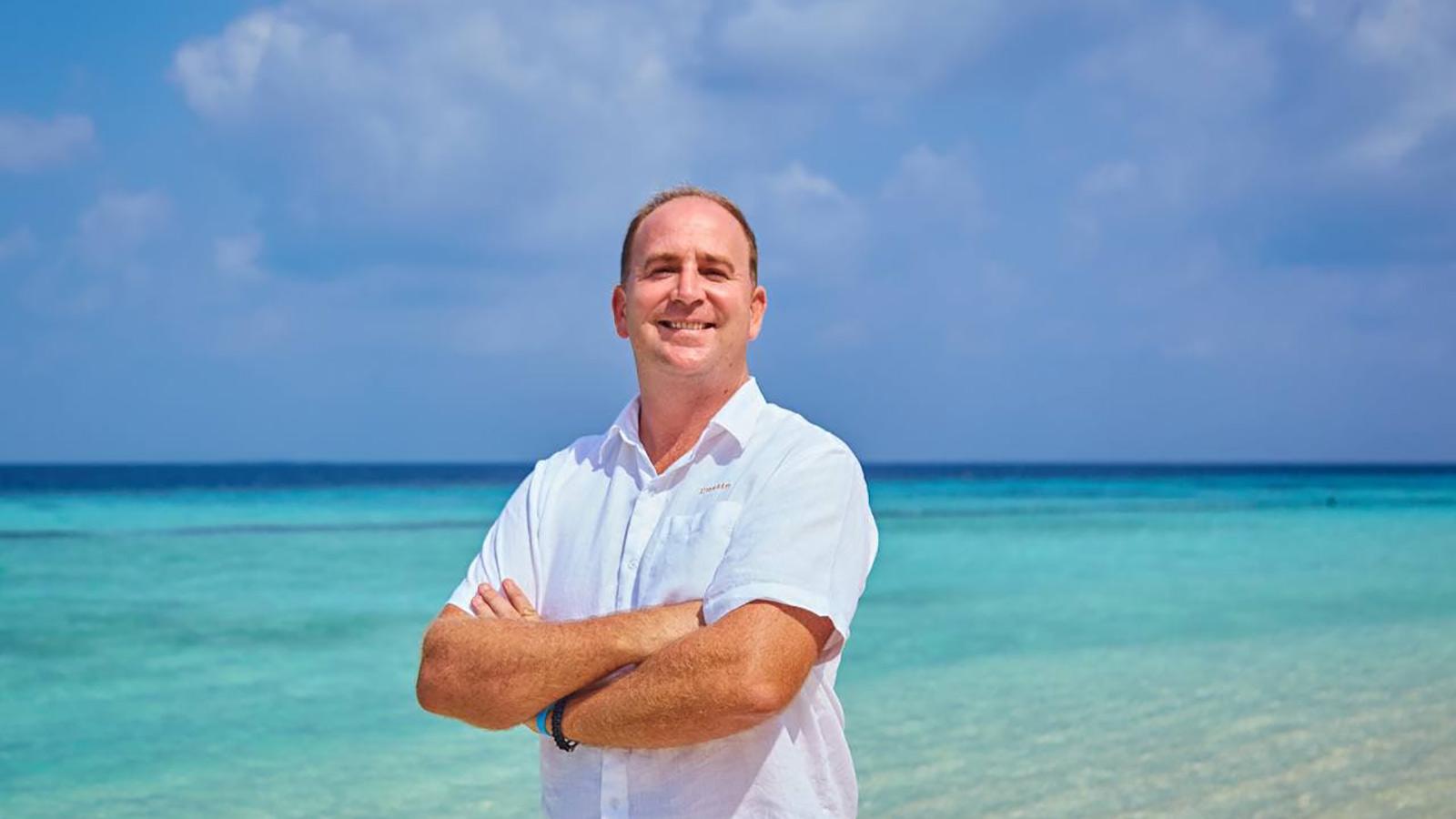 Komandoo Resort Manager Maldives